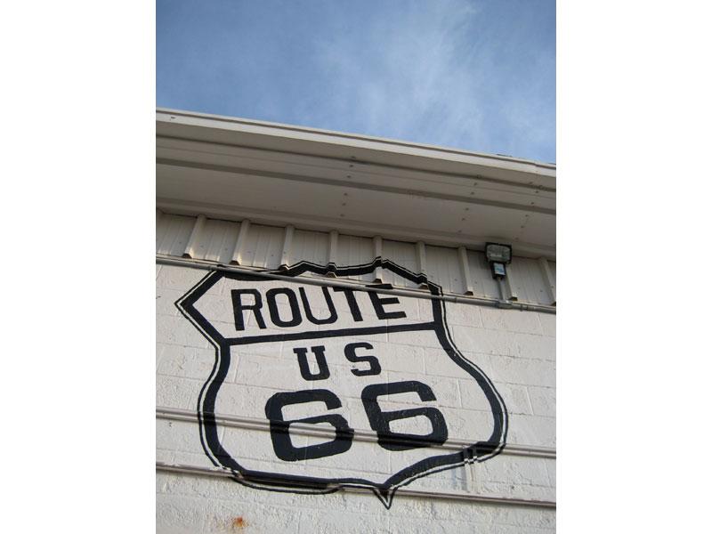 Un'indicazione per la celebre Route 66