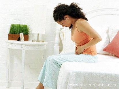 Fastidio addominale, pancia gonfia e, a volte, dolore sono i sintomi del meteorismo.