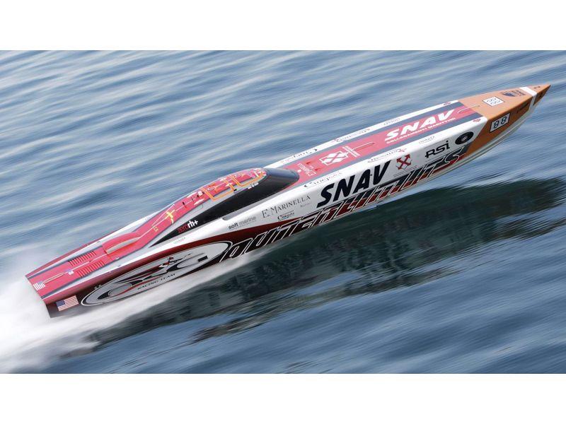 Gran Premio del Mare a San Benedetto, un bel primo piano di Snav OSG, monocarena vincente nella manche di sabato