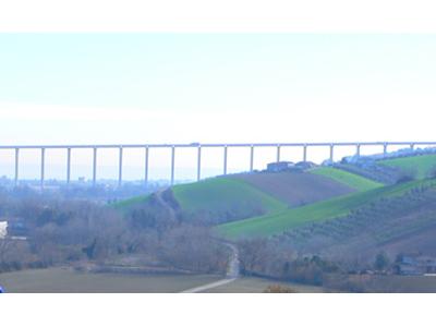 Veduta del ponte del Salinello a Tortoreto