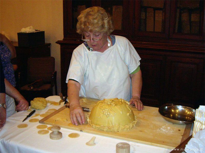 (foto d'archivio) Un laboratorio di cucina curato dalla Dott.ssa Zanini De Vita