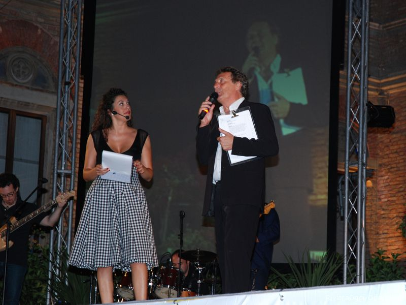Mascia Foschi ed Enzo Iacchetti