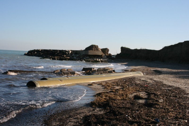 Erosione della costa della Sentina