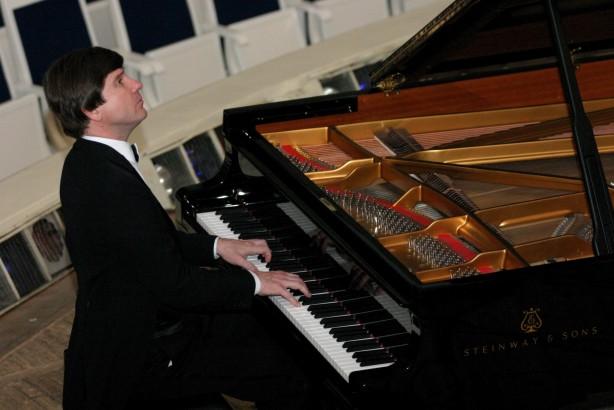 Mikhail Petukhov, tra gli ospiti del VII Festival Liszt di Grottammare