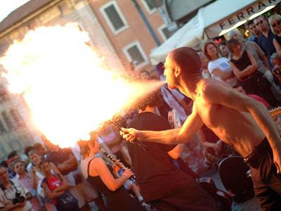 Festival degli artisti di strada ad Alba Adriatica