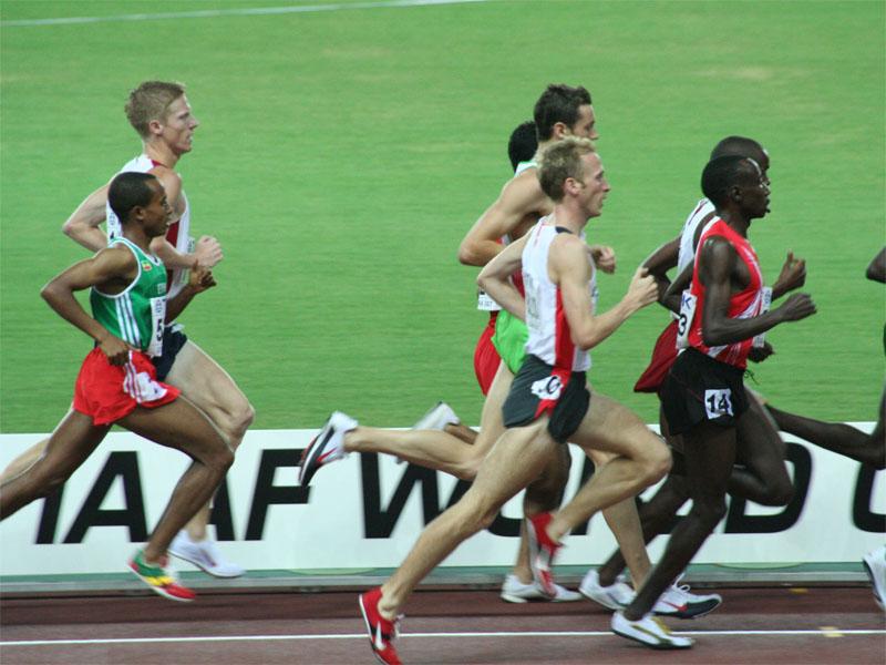 Una gara sui 5.000 metri (da Wikimedia, foto di Eckhard Pecher)