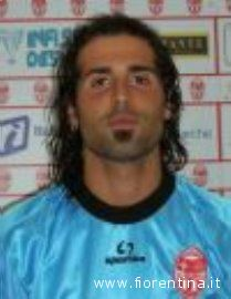 Jonathan D'Ambrogio con la maglia della Maceratese