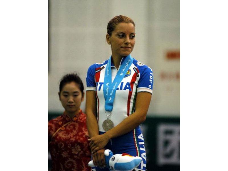 Medaglia d'argento  per Simona Di Eugenio ad Haining 2009 (15000 su pista - punti/eliminazione)