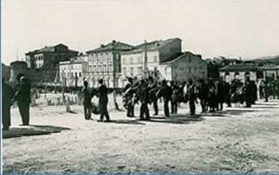 Borgo Leopardi in un'antica foto