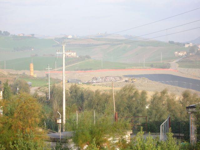 La discarica del comprensoriale di Ascoli in località Relluce