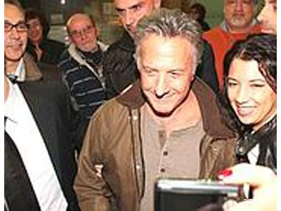 Dustin Hoffman sbarcato all'aereoporto di Falconara