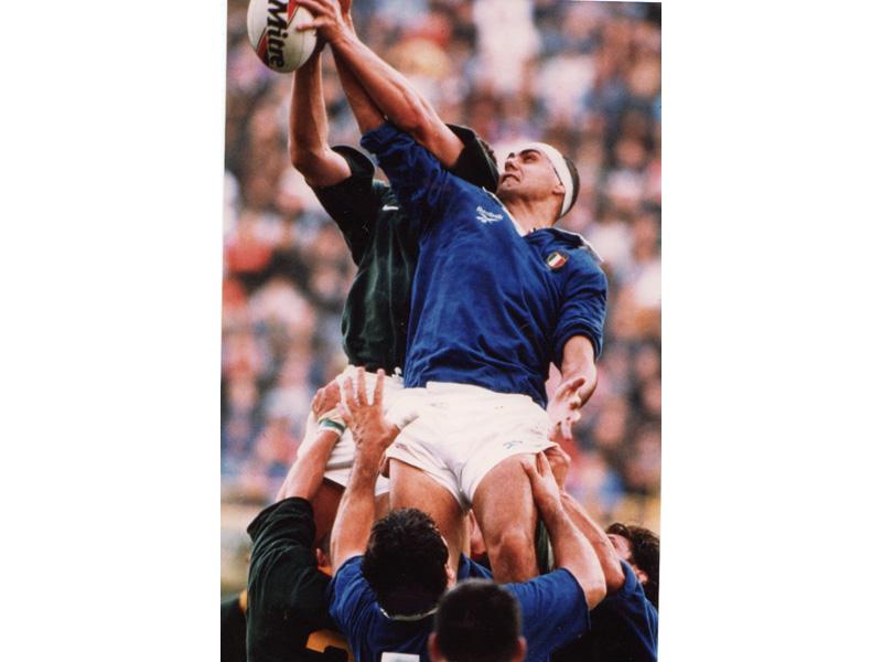 Il sambenedettese Giambattista Croci al tempo in cui vestiva la maglia della Nazionale di rugby
