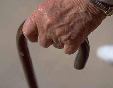 Aiutiamo gli anziani