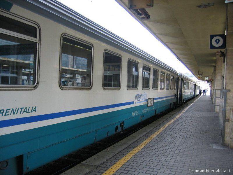 Trenitalia, i disservizi continuano, se ne discute in Regione
