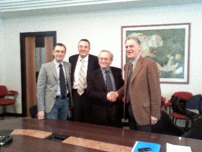 Da sinistra: l'assessore provinciale al turismo Bruno Gabrielli, il Preside della facoltà di economia, Gianluca Gregori, il Rettore Marco Pacetti e il Presidente della Provincia, Piero Celani