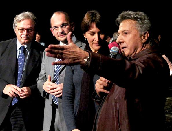Dustin Hoffman, in compagnia di Guido Castelli e Gianmario Spacca