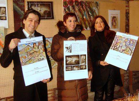 Enrico piergallini, Antonella Pomili e Tiziana Capocasa presentano ufficialmente il calendario de Il Tarpato 2010