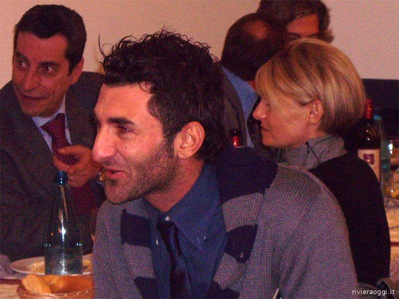 Presente anche Gennaro Delvecchio, indimenticato ex giocatore rossoblu ora in forza al Catania