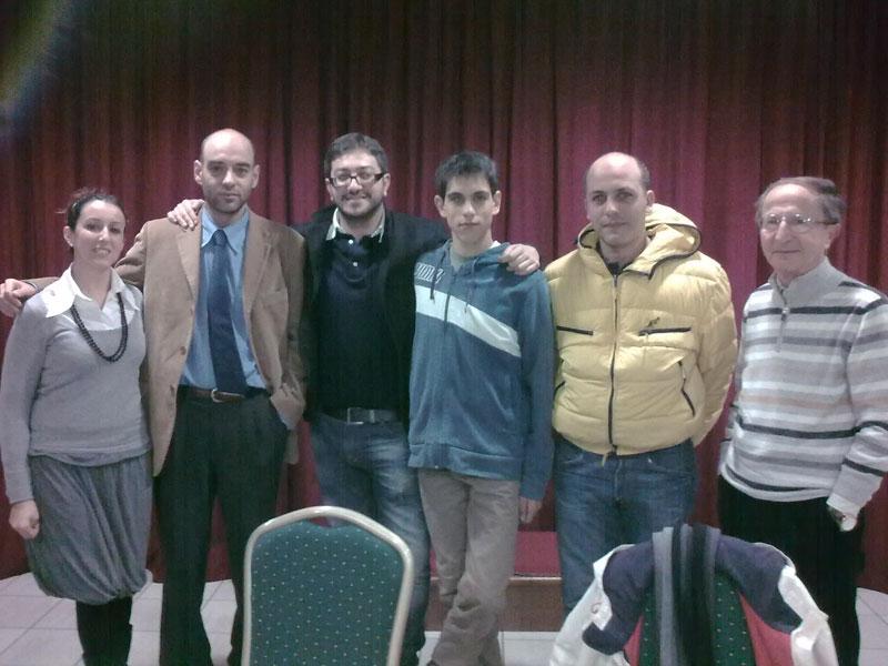 Pd Martinsicuro, i componenti della segreteria: Elisa Foglia, Luca Sierspinski, Giuseppe Capriotti, Roberto Prosperi, Mario Corsi e Concetto Benizi
