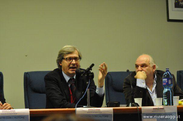 Vittorio Sgarbi e Gino Troli durante la presentazione de