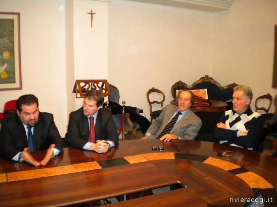 Alcuni consiglieri provinciali assieme al presidente Celani