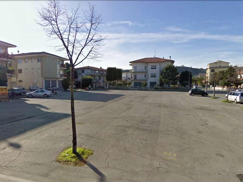 Piazza Kolbe a Villa Rosa (foto Google Street View)