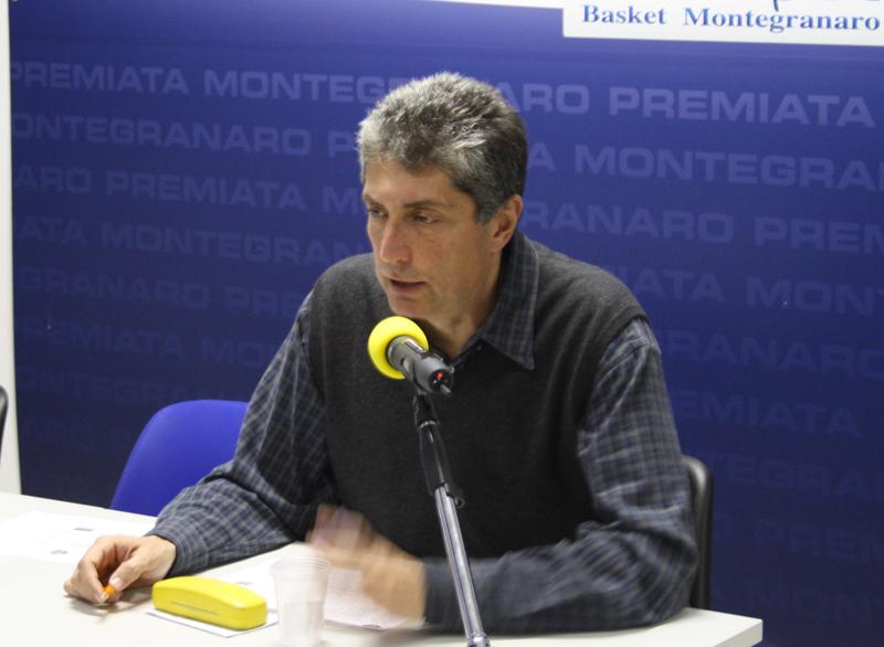 L'allenatore sutorino Fabrizio Frates