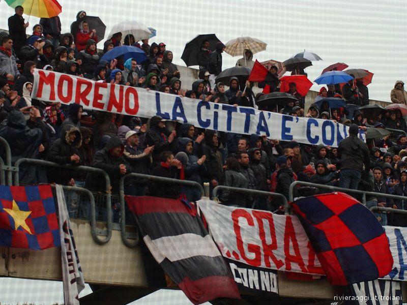 Tifosi della Samb vicini all'ex capitano Moreno Solfrini