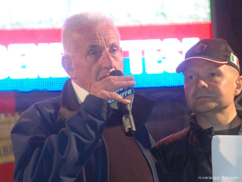 Festa promozione in Serie D: Zoboletti al microfono, affianco Schiuma Dj