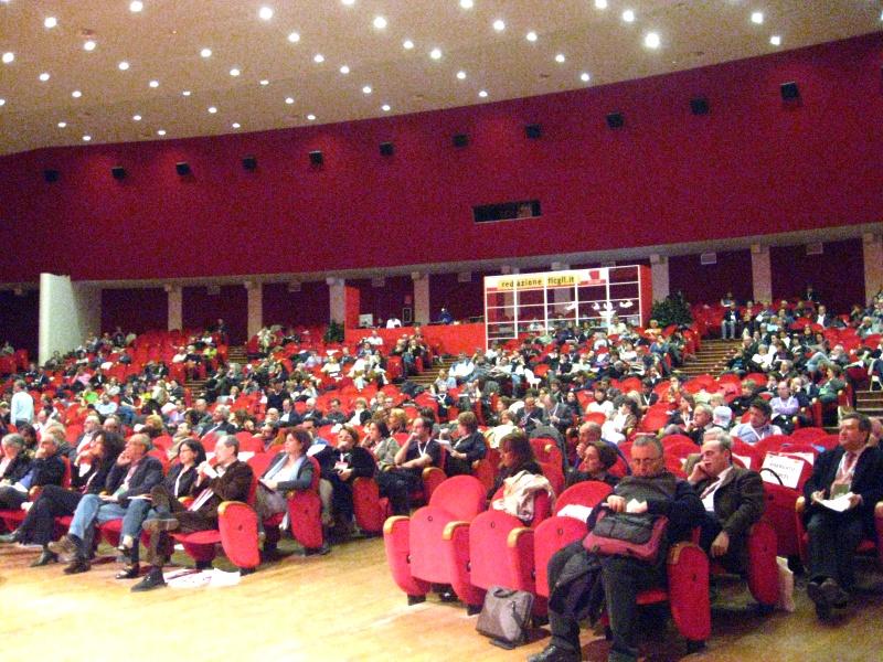 La sala del Palariviera durante un congresso