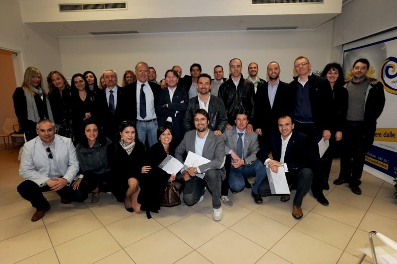 Il gruppo dei giovani imprenditori di Confindustria picena, con il presidente Bucciarelli (foto d'archivio)