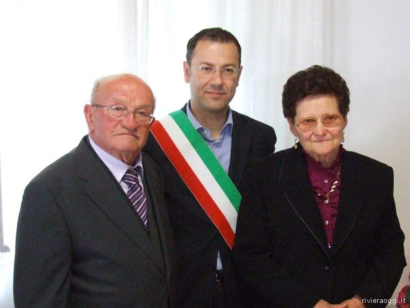 Il sindaco D'Erasmo con Giuseppe Lorenzi e Luigina Paregiani