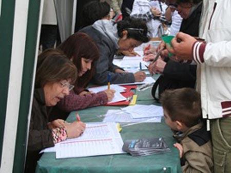 Nel Piceno mille 500 firme per l'acqua pubblica in un week-end