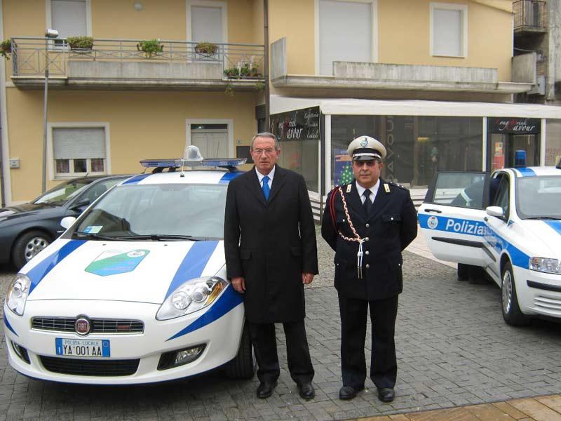 Il sindaco Di Salvatore e il Comandante Vincenzino De Santis
