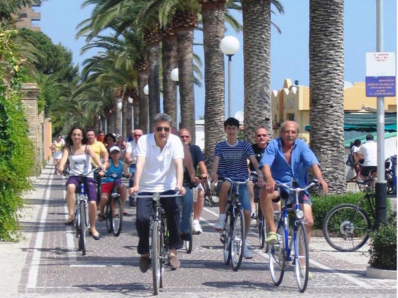 La ciclopasseggiata dell'edizione 2009