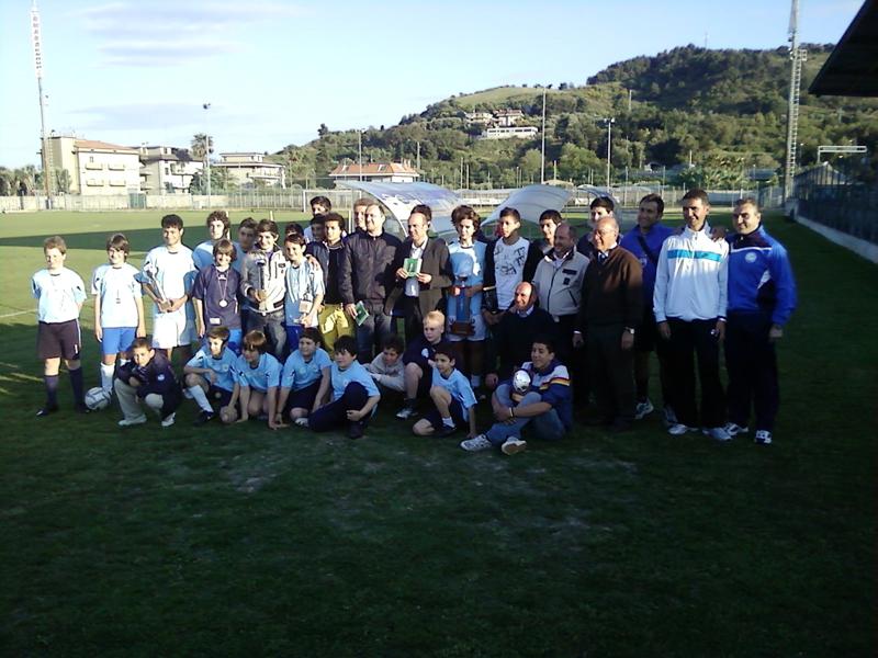 Foto di gruppo con Mister Ursini