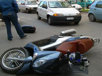 foto incidente viale De Gasperi a pochi minuti dall'accaduto.