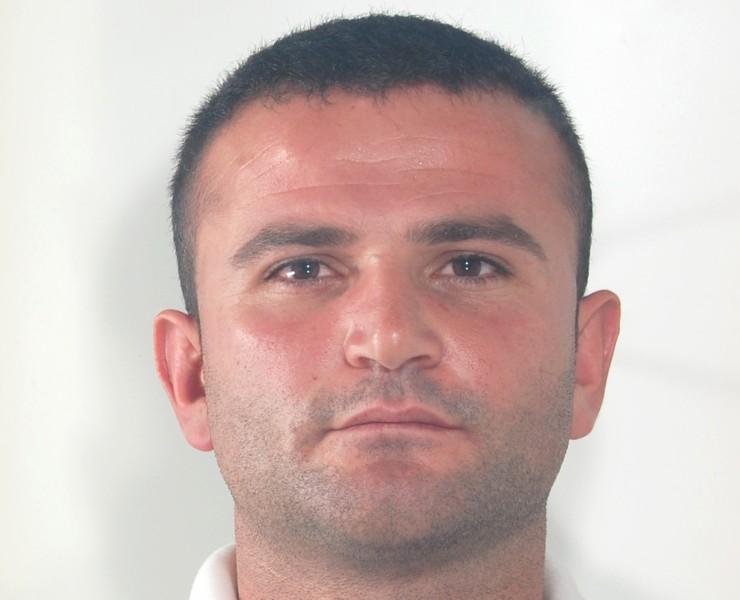 Vilson Pepa, in carcere con l'accusa di tentata estorsione, incendio e lesioni