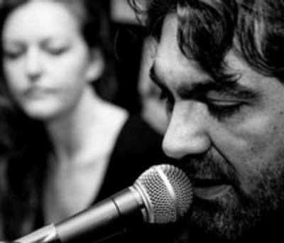 Paolo Forlì nel suo progetto musicale Bungalow 62