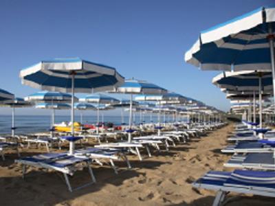 Spiaggia, nuovi regolamenti