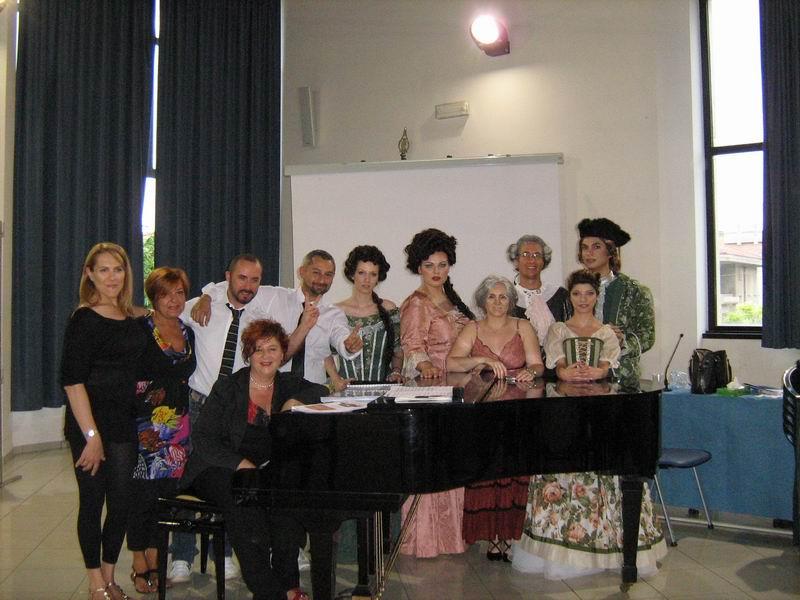Sara Torquati e i componenti dell'associazione musicale Haydn