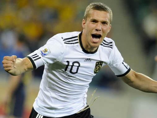 Lukas Podolski esulta: la Germania è partita benissimo (foto da corrieredellosport.it)