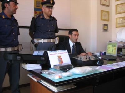 Il vice questore Marco Fischetto durante la conferenza stampa