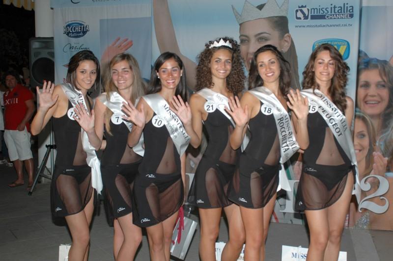 Le 5 vincitrici della selezione di Miss Italia al Club 23