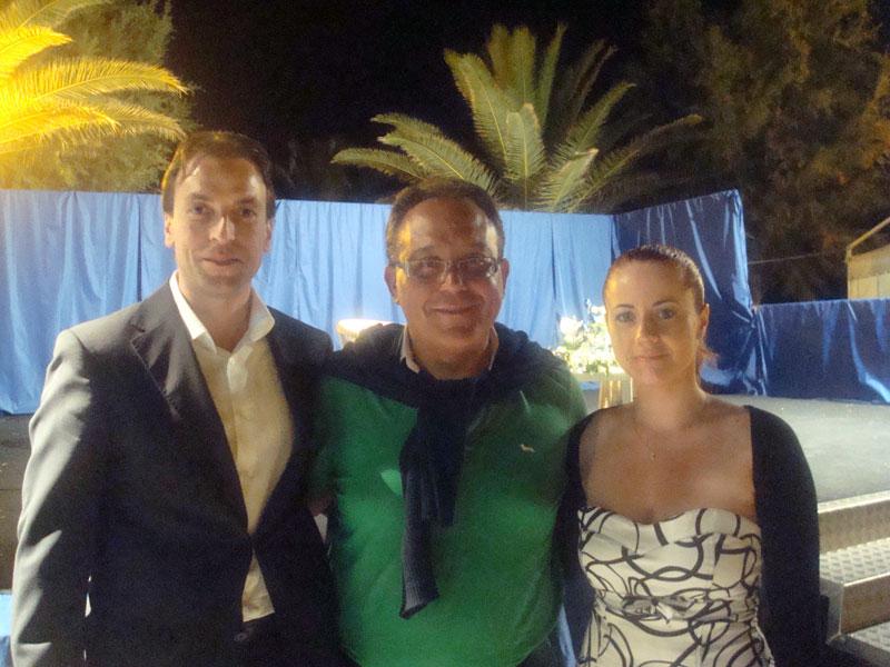 Enrico Varriale (al centro) con il consigliere delegato alla Cultura Massimo Vagnoni e l'organizzatrice del Festival Valeria Di Felice