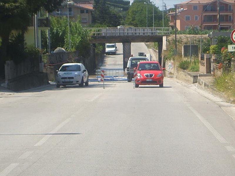 Il sottopasso di via Roma chiuso a seguito delle piogge della notte scorsa