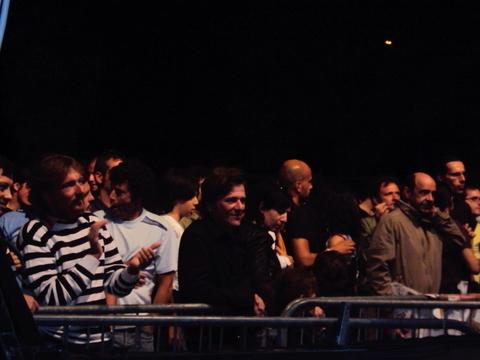 Capovilla, il leader del Teatro degli Orrori, sotto al palco del Maremoto Festival 2010