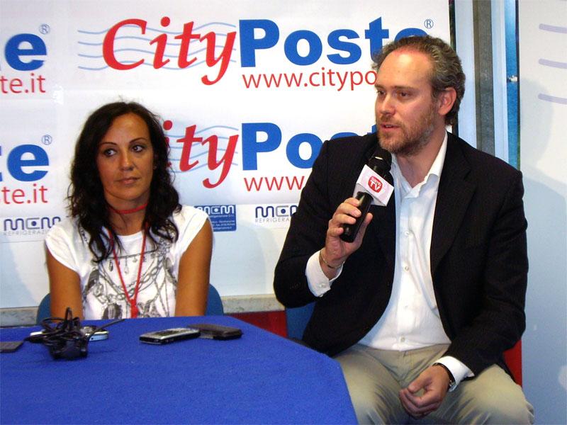 Roberta Ripani, responsabile dell'ufficio marketing della Samb, e Antimo Di Francesco, vice sindaco di San Benedetto del Tronto ed ex giocatore rossoblu