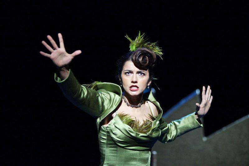 La Piunti nel ruolo di Leonora allo Stadttheater Giessen ne La Favorita di Donizetti