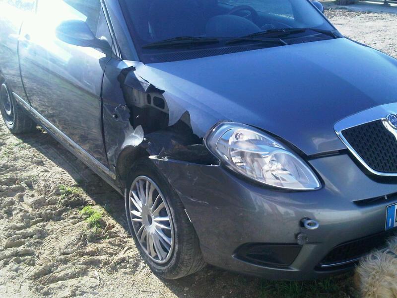La foto di un incidente inviata dal presidente del quartiere San Lazzaro di Offida, Giovanni Stracci